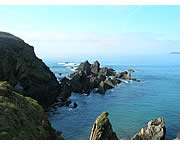 Within easy reach of north and south coast family and surfing beaches and Dartmoor National Park