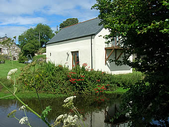 Boathouse Self Catering Cottage